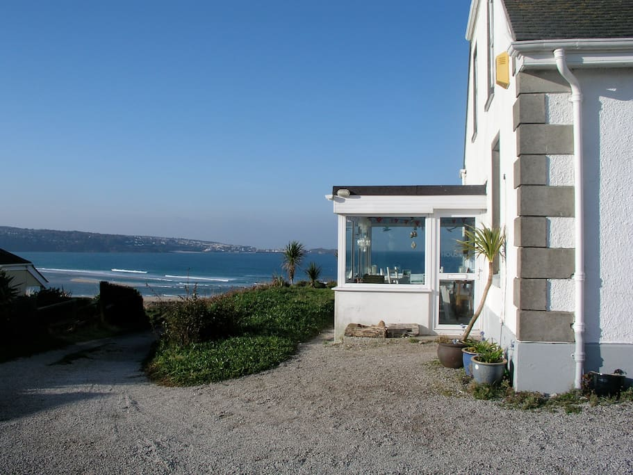 The entrance to the Big Beach House