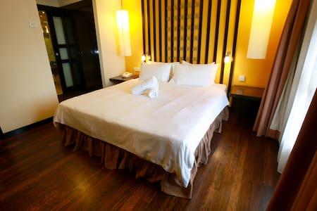 Sunway Lagoon Service Suites - Petaling Jaya