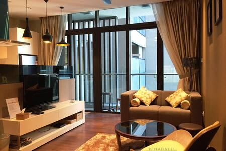 Modern & Luxury Suite @ Riverson SOHO, City Centre - Kota Kinabalu - Osakehuoneisto