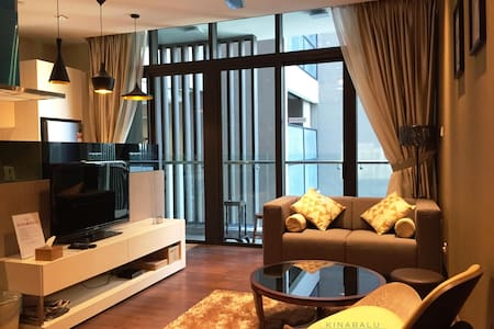 Modern & Luxury Suite @ Riverson SOHO, City Centre - Kota Kinabalu - Kondominium