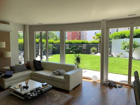 Garden apartment (incl. Netflix) at Zurich lake