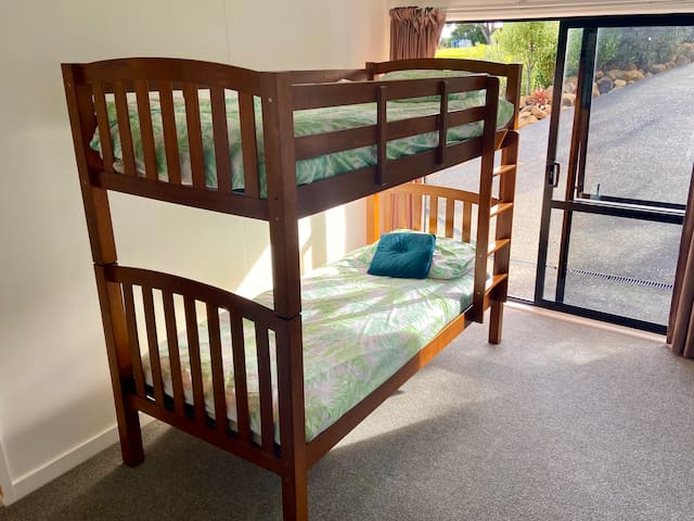 Sleep out bunks, can also be 2 singles
