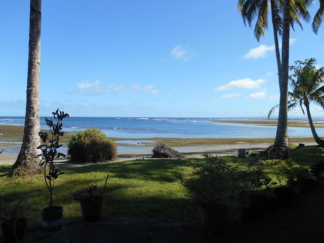 Huge 3BR Beach-Front House near Britannia Island - PH - Casa