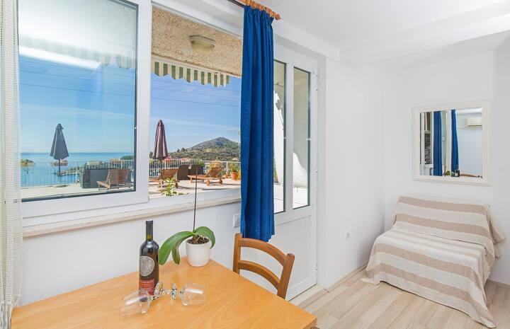 Jednoizbový apartmán s balkónom a výhľadom na more Mlini, Dubrovník - Dubrovnik (A-15380-a)