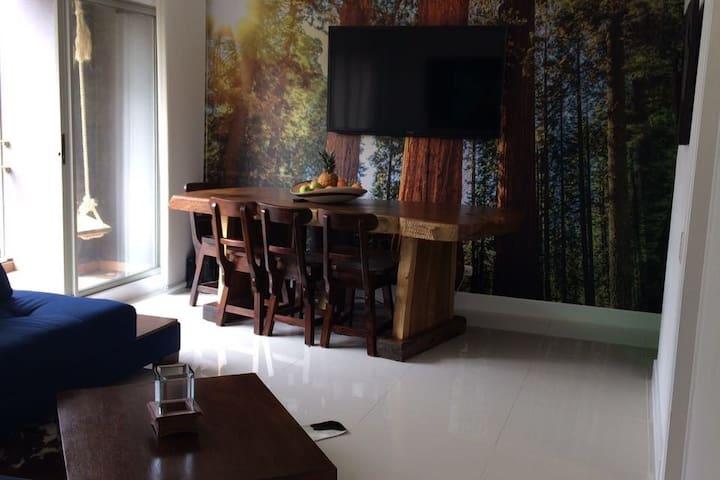 A Beautiful apartment in La Frontera / El Poblado!