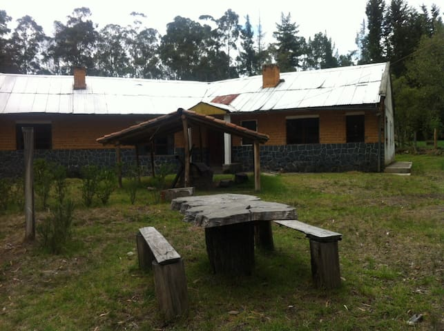 Entire Rustic Lodge on Organic Farm