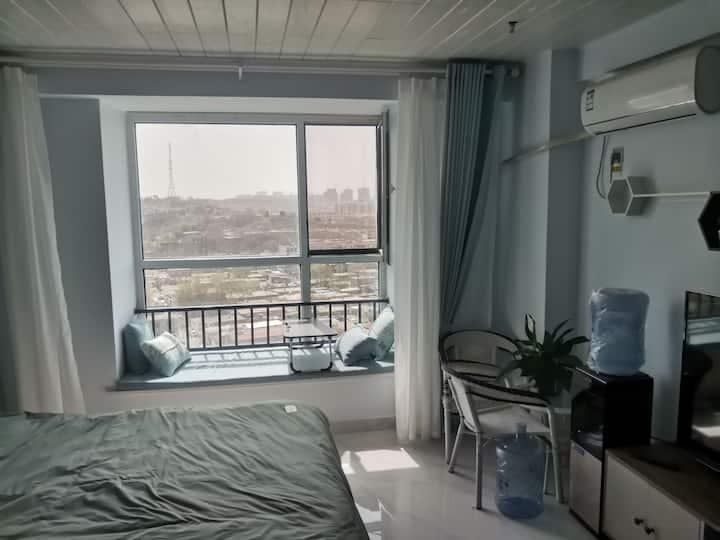 龙城广场温馨公寓