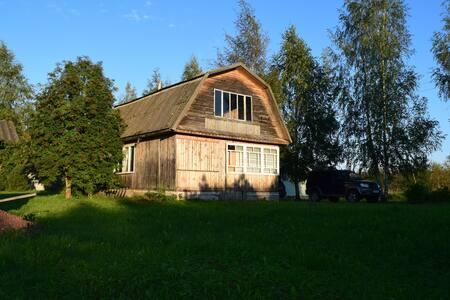 Дом на краю деревни для спокойного отдыха - Porkhovsky District - Haus