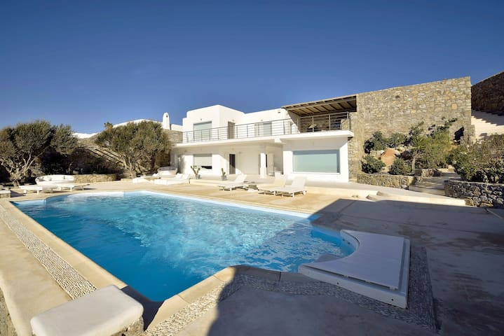 SeaFront Villa Aleomandra 10745 Mykonos - Mikonos - Villa