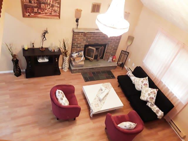 """DAMAR Inn"" home for getaway Mount Pocono"