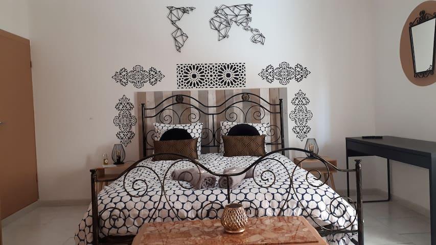 Toto Sicilian House, Chambre Laura