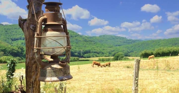 Romantiek in lodgetent (midden Frankrijk)
