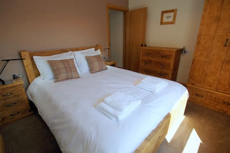 Dandy Rig Self Catering Cottage - Old Filey Town - Filey