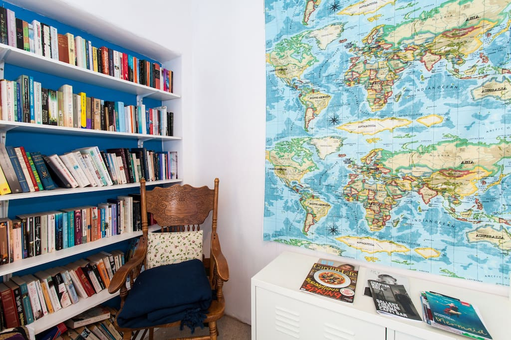 Where have you been on the world map? Relax and browse the bookshelf...