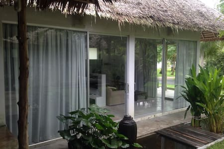 Spacious Jungle Estate Room - Ko Pha-ngan - Apartment