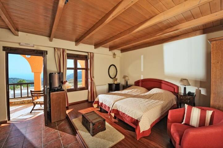 Luxurious Residence Thyme - Μάλες - Villa