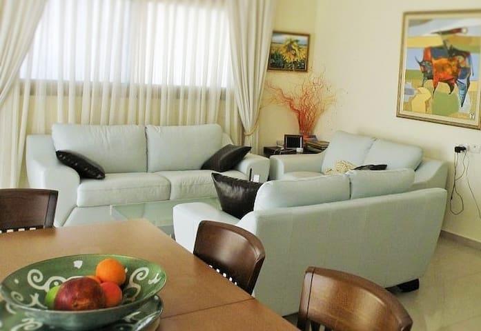 Beautiful, Big, Seaview apartment