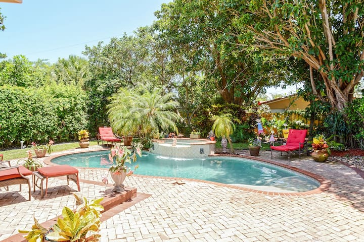 Luxury Pool Home Near the Water! - West Palm Beach - House