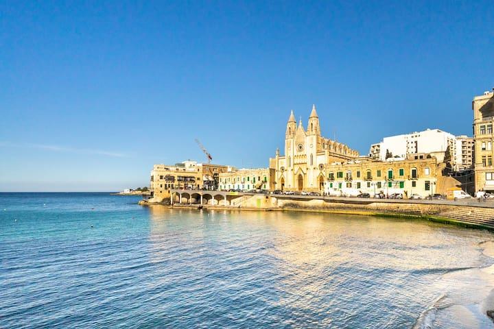 Susan's Guide for Sliema, Malta