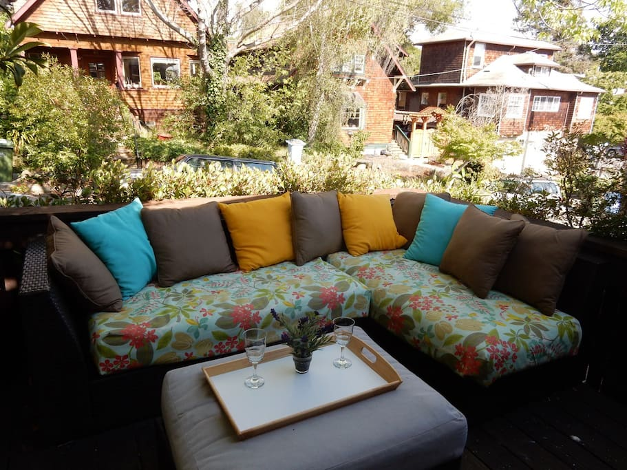 Relax and enjoy sundowners outside on comfy patio sofa