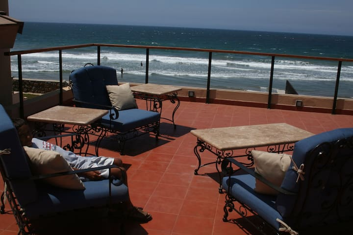 Spectacular Oceanfront Estate - Rosarito