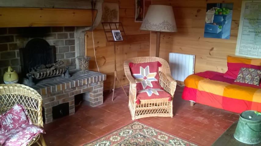 charmante maison à la campagne - Collonge-en-Charollais - Casa