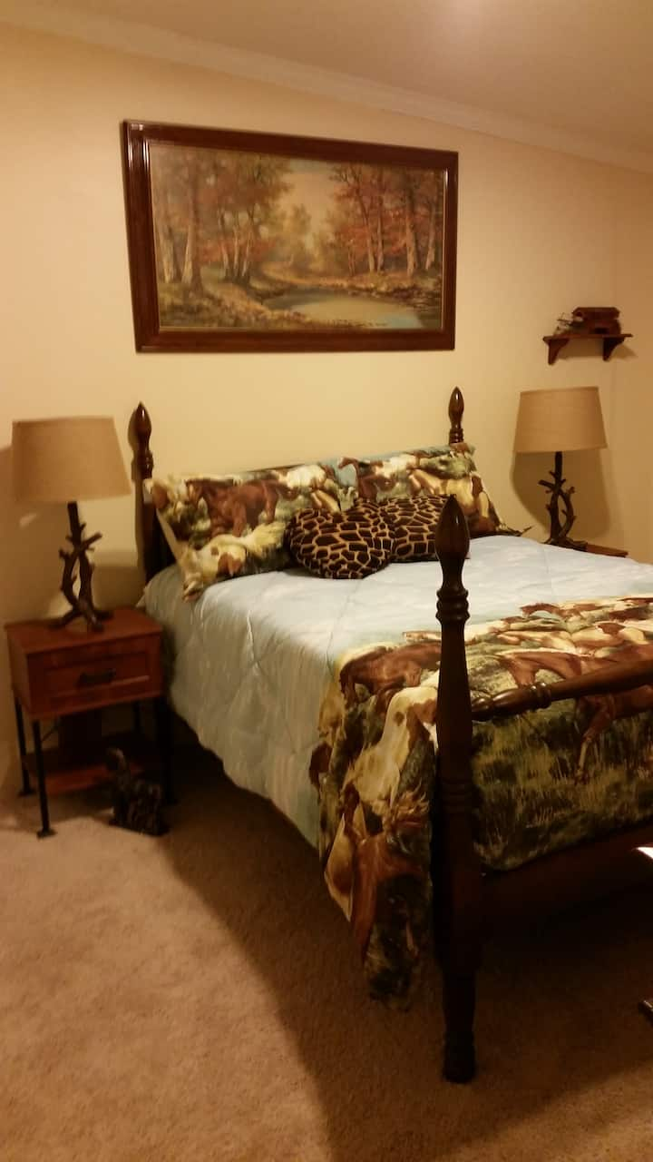 Rooms for rent in the country
