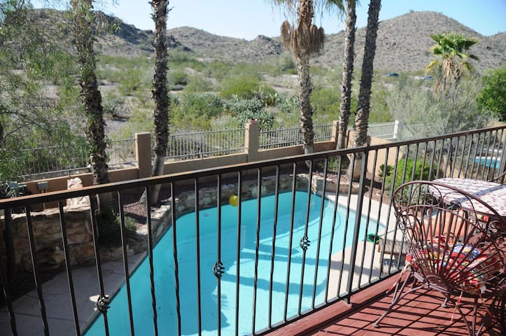 Casa Paraíso - Comfy 3BD on South Mountain