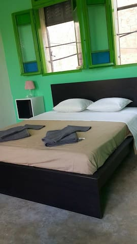 Charming guesthouse Aliya room - Sebastia - Bed & Breakfast