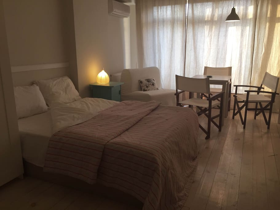 double bed &lamp