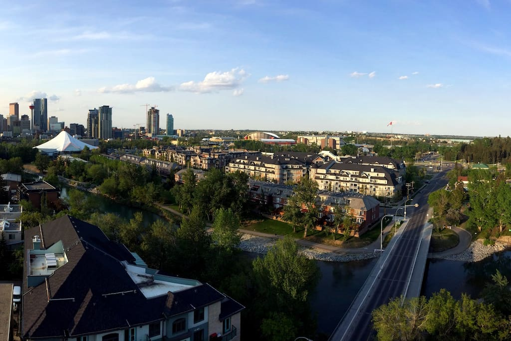 Views of downtown and Stampede park. You can watch the nightly fireworks from the balcony.