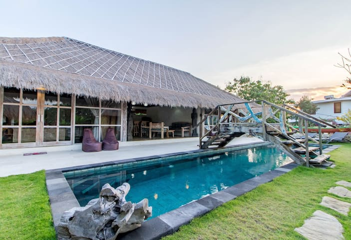 Rustic Bridge Pool Villa by Bukit Vista