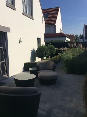 Beautifull cottage in Knokke