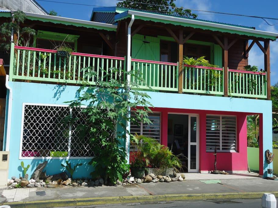 Maison de ville en bois type cr ole houses for rent in le gosier guadeloupe - Maison en bois guadeloupe ...