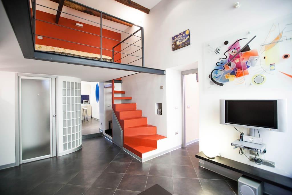 living room con vista soppalco