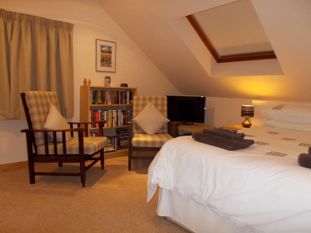 Copper Beech B&B, Upstairs Room.