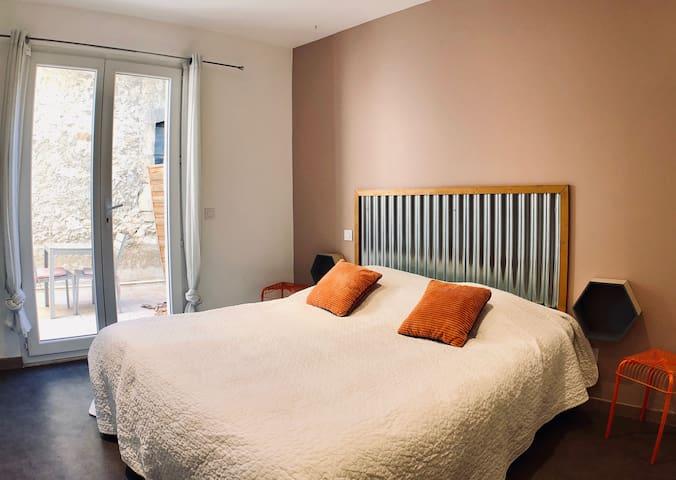 Appartement entre Camargue et Alpille (n°3D)