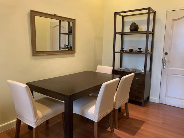 Spacious 1br 18L in the heart of BGC