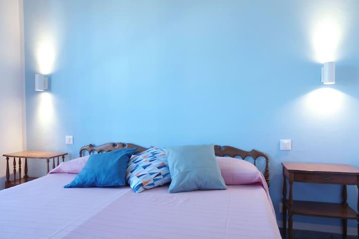 I Tre Pini Apartment Sea View, beach 100mt