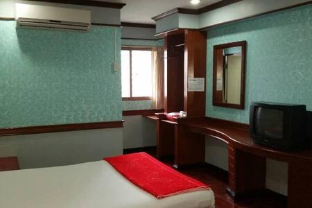 West Wing Mansion+清新優雅小套房+中文溝通價錢便宜+機能方便 - Bangkok - Pis