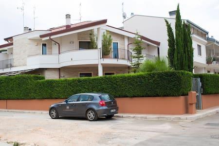 Apulia Relax - TERRA - Matrimoniale - Turi - Bed & Breakfast