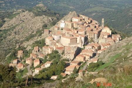 Maison de village en Haute-Corse - Rumah