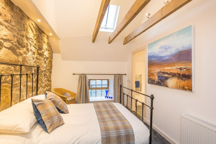 The hayloft Balerno Edinburgh for stylish comfort - Edinburgh - Çatı Katı