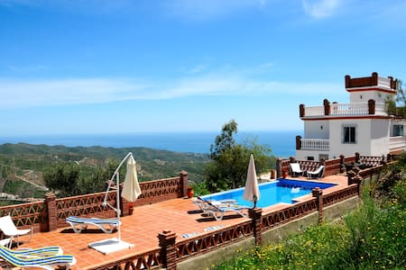 Beautiful 5 bedroom Villa with pool - Moclinejo