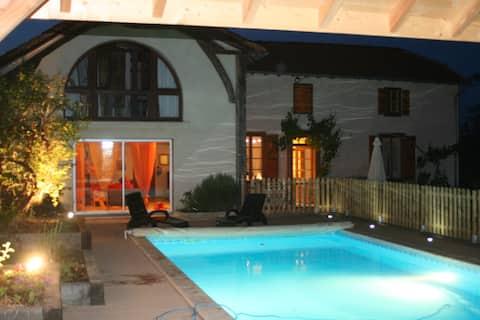 maison charme 65 piscine canal+ intégral, jardin