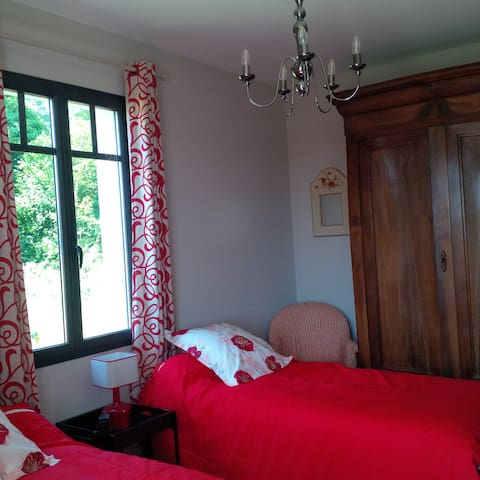 Twin Bedroom in Gaillan - Gaillan-en-Médoc - Bed & Breakfast