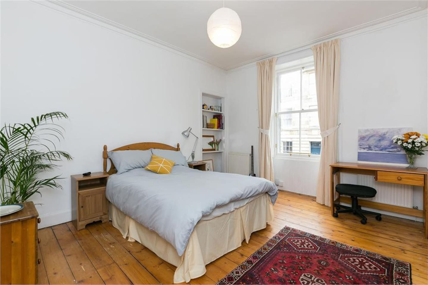 Lovely spacious comfy main bedroom