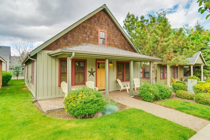 Cottage Live/Play in the Heart of Downtown Sisters
