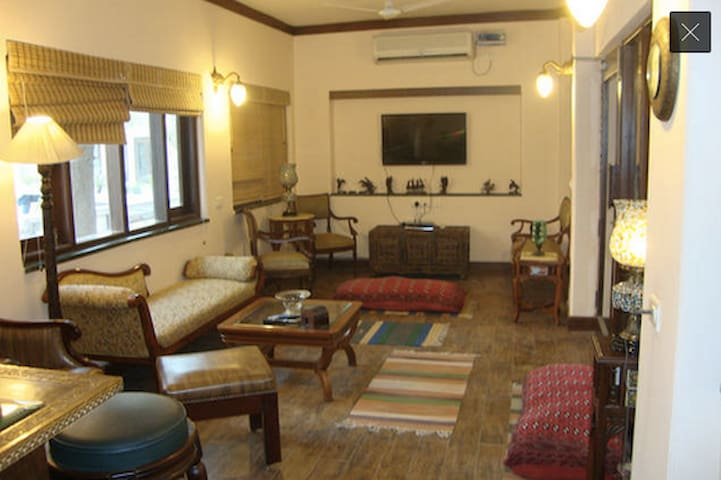 Luxurious Homestay In Agra - Agra