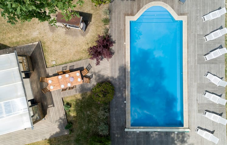 Crazy Villa in the Orne region. Heated pool!